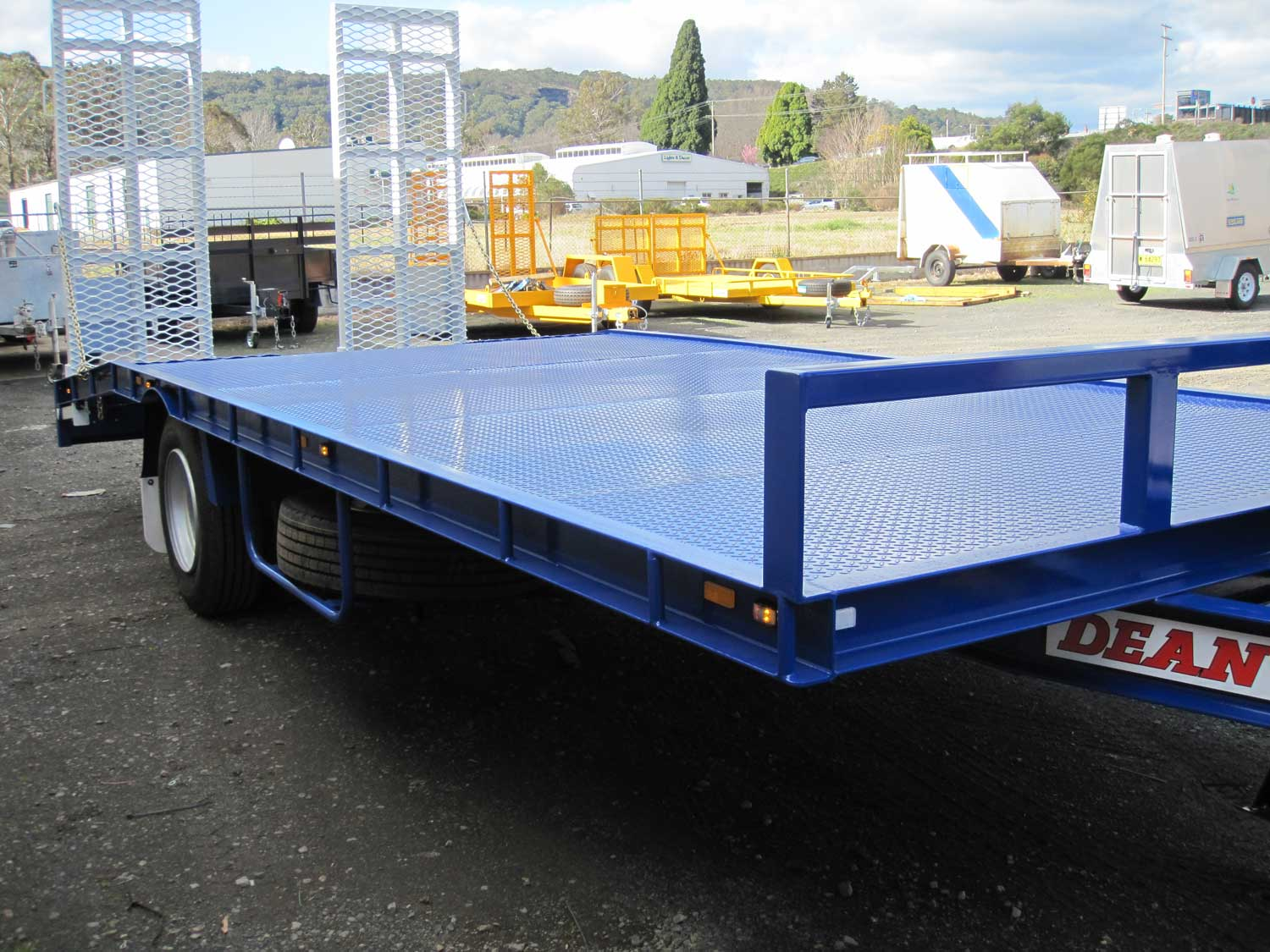 Mid Size Single Axle Tag trailer