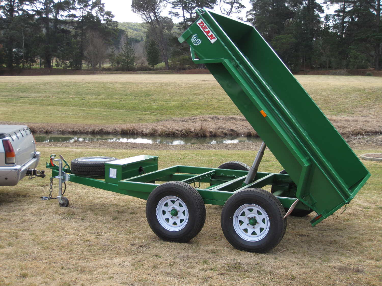 No.19 Tandem Axle Tipping Box Trailer