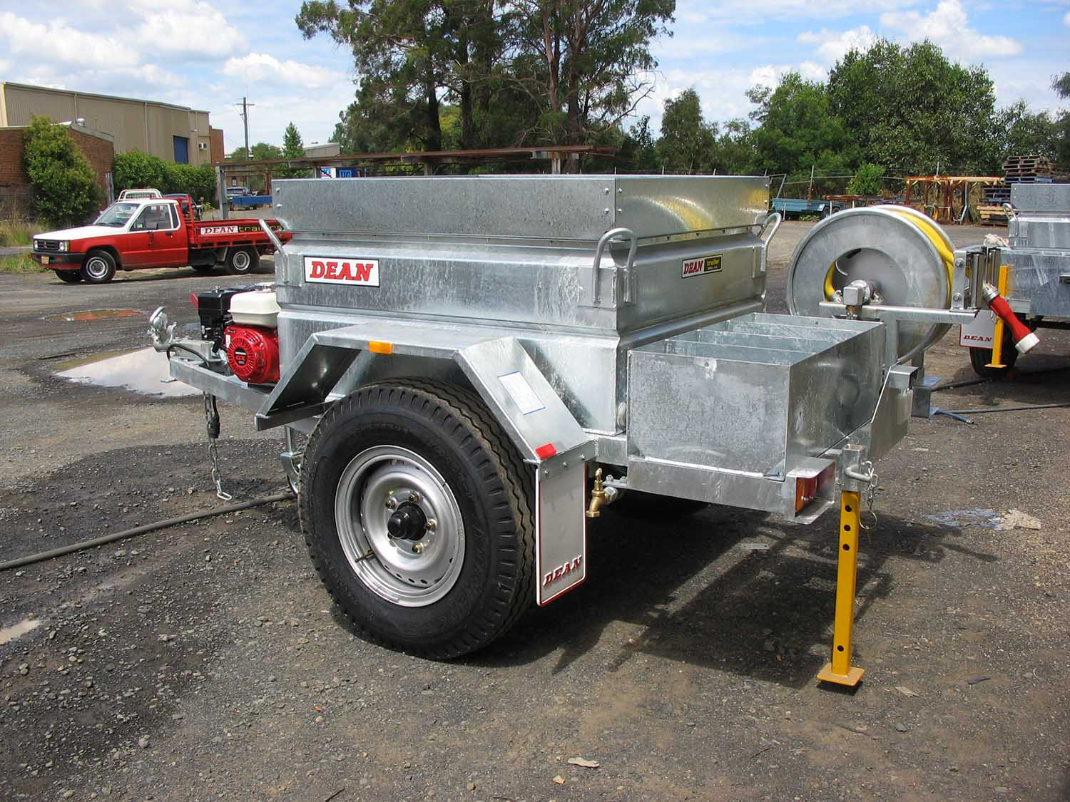 No. 21 Fire Fighting Tanker Trailer