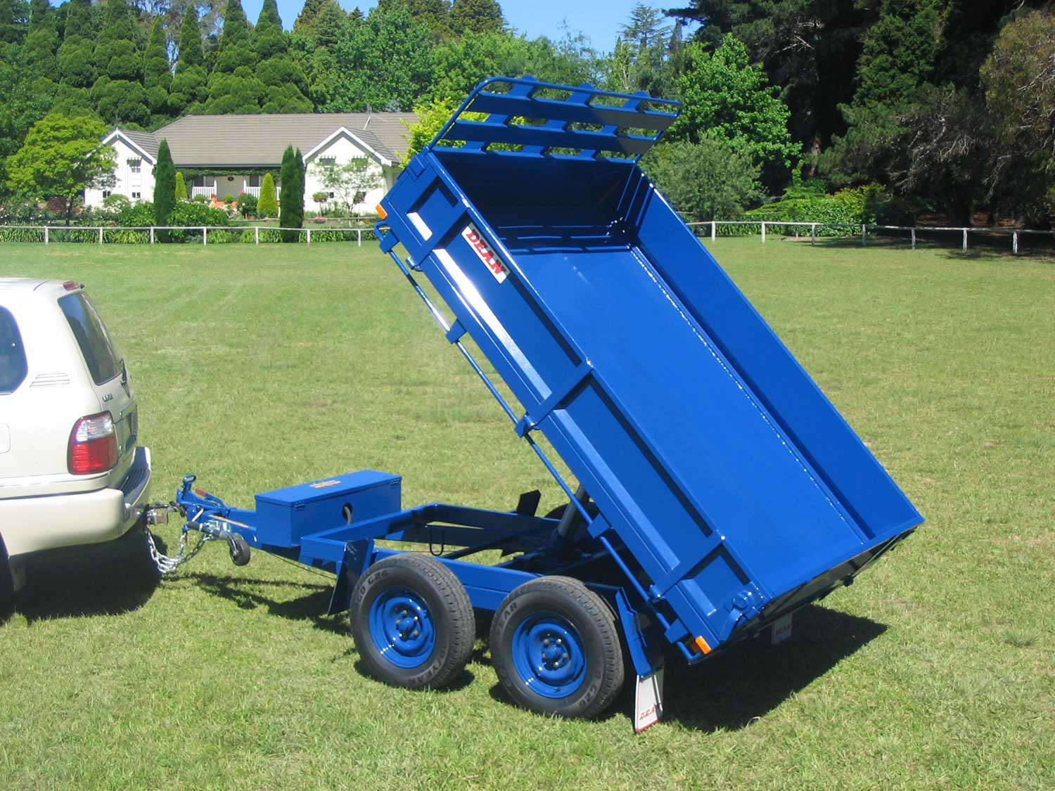 No.27 Tandem Axle Hydraulic Tipping Utility Trailer