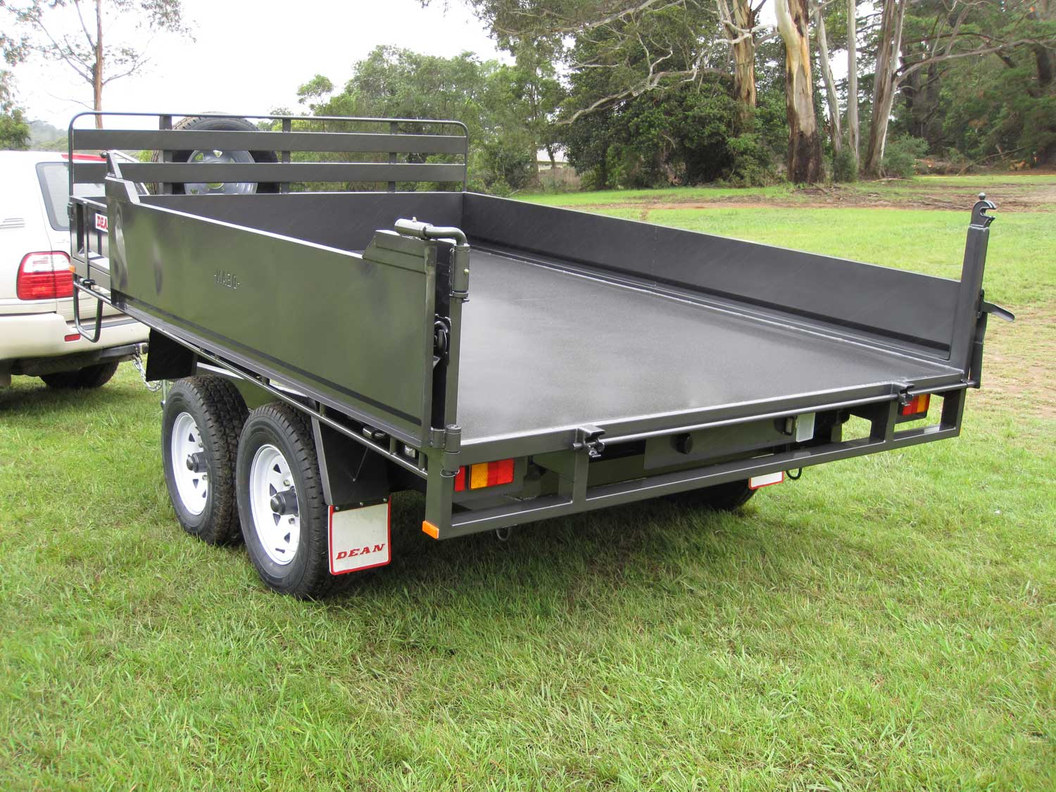 No.37 Tandem Axle Hydraulic Tipping Utility Trailer